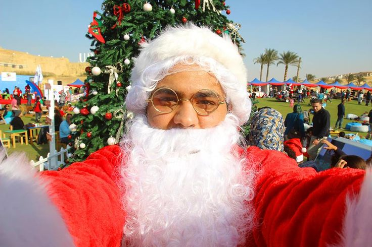 Did you get to take a #selfie with Santa? Take a selfie with Santa and hashtage #emaarmisr to win a special ride in his carriage. #christmas #event #uptowncairo