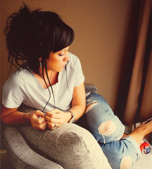 I was just so happy in your boxers and your t-shirt ..the littlest things that take me there.   Littlest Things • Lily Allen