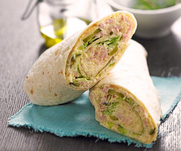 Préparez des wraps au thon en 5 minutes grâce à notre recette express. Parfaits pour les petites faims.