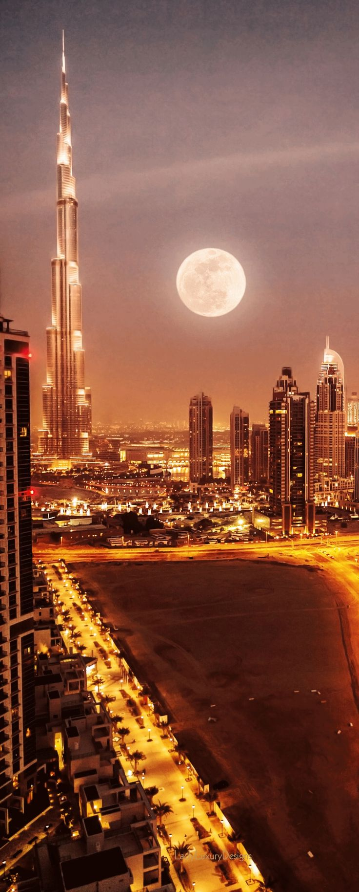 how to call from usa to dubai