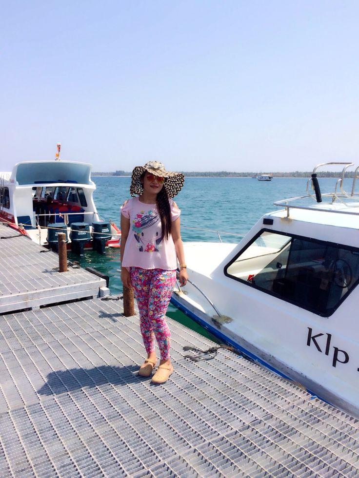 fash boat