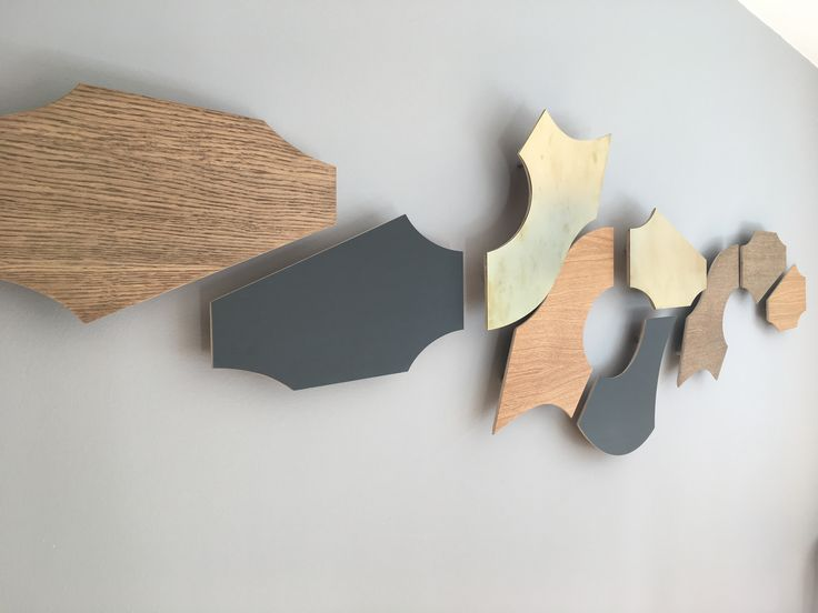 Mix Yin, Zeppelin and XOX as you prefer and create your own eye catching wall decoration. Zinc, oak and brass.