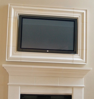 I Like The Idea Of Framing The Tv Over The Fireplace Decor Pinterest