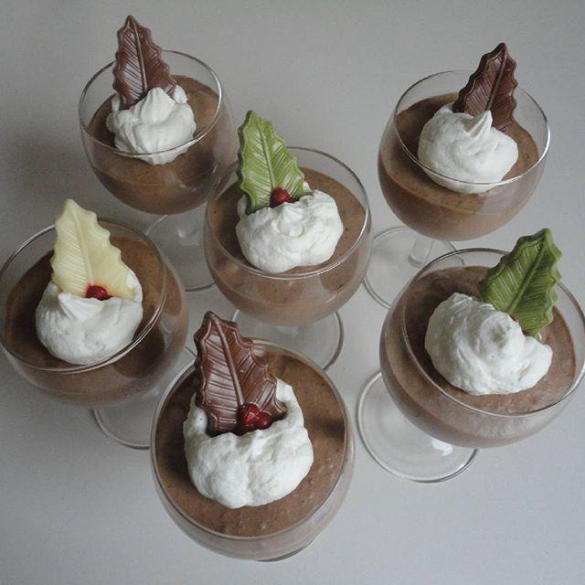 Het recept van dit heeemelse chocoladetoetje vind je nu op boterkaaseierenblog.com! ⛄