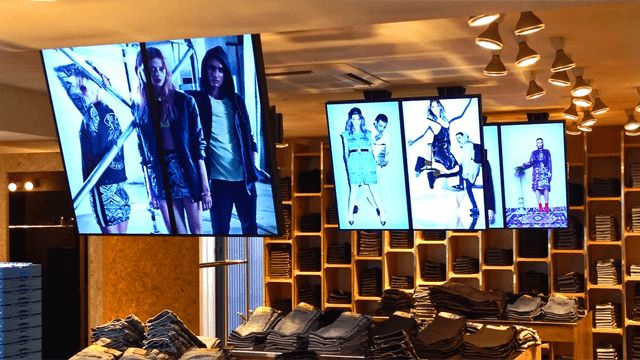 How Will Digital Signage Drive Consumer Experiences in The Future?