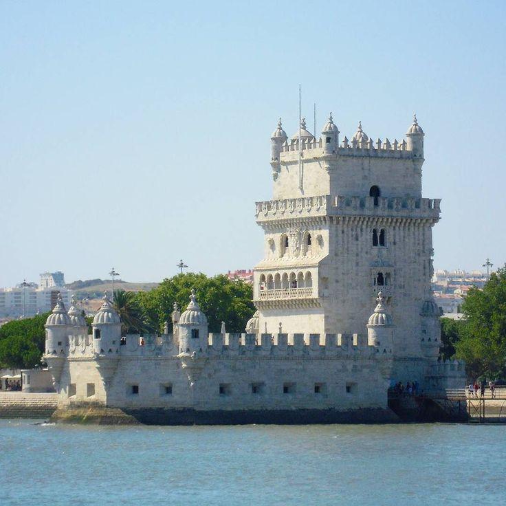 Belém Tower  Lisbon. #torredebelem #belemtower #unescoworldheritage #landmark #exlibris #wonderfulplaces #beautifuldestinations #worldcaptures #worldmastershotz #fantastic_world_shots #belem #lisboa #lisbon #lisbonne #lissabon #lisbona #Лиссабон #里斯本 #リスボン #instalike #instalisboa #instalisbon #instatravel #instacool #instagood #visitlisboa #visitlisbon #visitportugal #portugal #walkinginlisbon