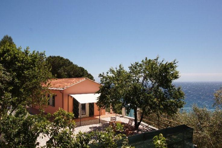 Villino Capo Berta Imperia (City) - direkt am Meer - Terrasse mit traumhaftem Blick #Urlaub #Ligurien #BlumenRiviera #Ferienhaus