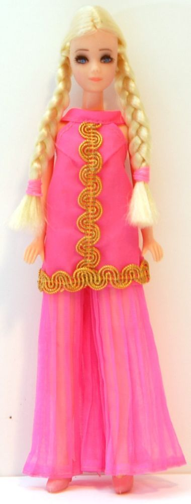 Topper Modeling Agency Dawn Doll - Dinah K10 - Glamour Jams! Lot B2 #DollswithClothingAccessories