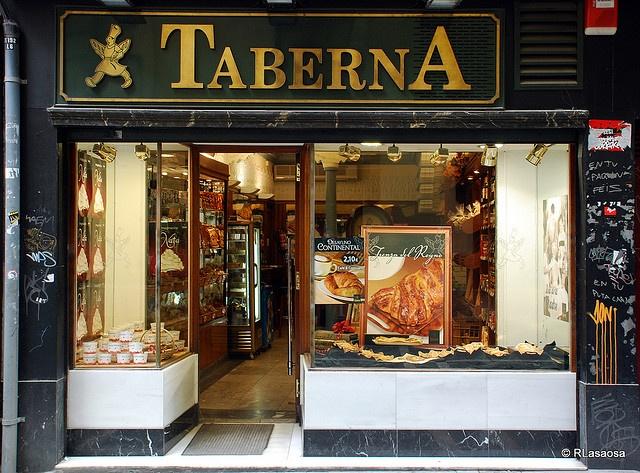 Pamplona - Taberna    Panadería pastelería Taberna, en la Calle Pozoblanco.: Comercios Antiguos, Bares Lo, Bares Tipisos, Bar Ideas, Cafe Bar, Store Front, Antiguos Comercios, Restaurant, Photo