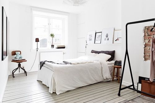 minimal room decor