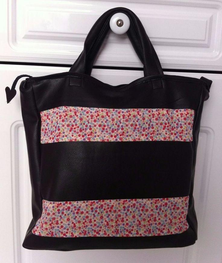 Cath Kidston PVC Leather-look Grab bag - Exclusive to Saint Dorothy - Superlite!