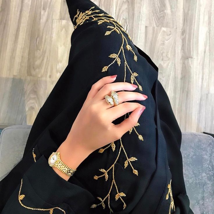 PINNED BY @MUSKAZJAHAN - Abaya Arabian Dresses, dress, clothe, women's fashion, outfit inspiration, pretty clothes, shoes, bags and accessories
