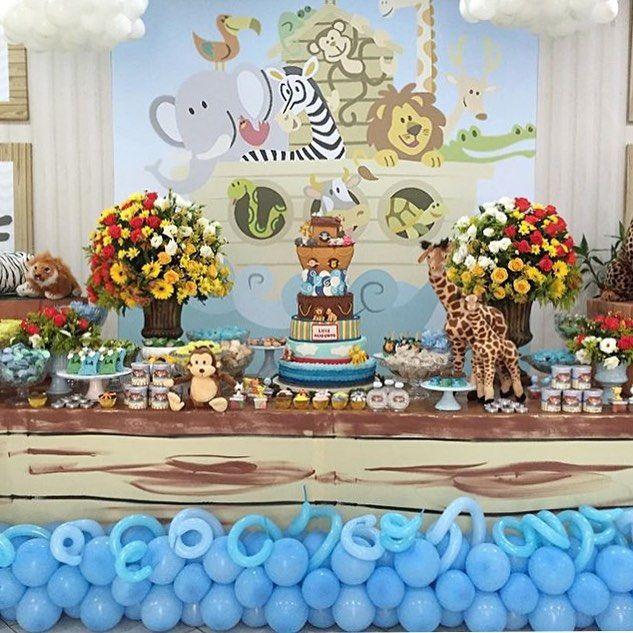 Festa fofa e divertida com tema Arca de Noé! Painel lindo e os balões e flores deram o charme na decoração por @ginamondegofestas   #kikidsparty