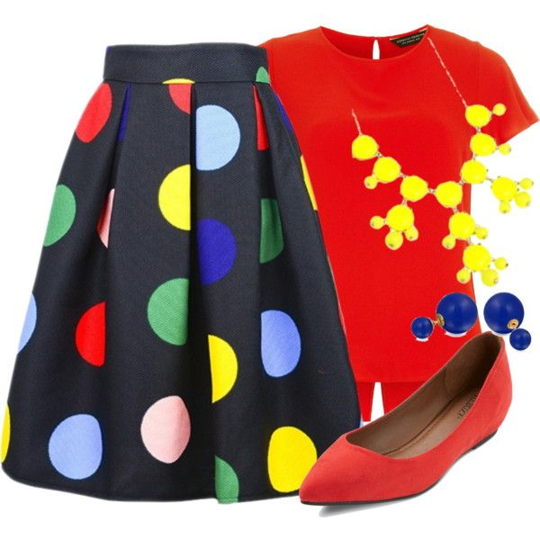 OMG that skirt is adorable!! The jewelry's a bit clownish though... - Teacher Outfits on a Teacher's Budget 164