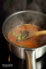 Σάλτσα ντομάτας: η πιο εύκολη και νόστιμη συνταγή για μακαρονάδες!