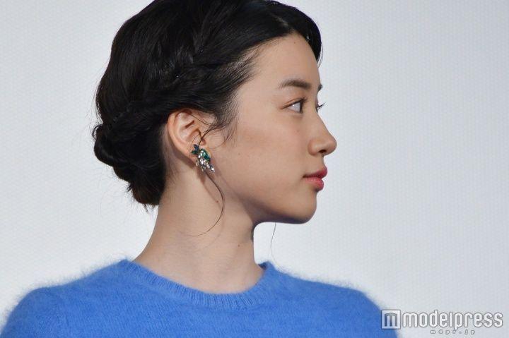 <ファッションチェック>耳元にアクセント/永野芽郁(C)モデルプレス