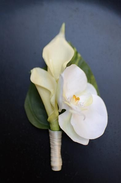 groom - Calla Lilies and Orchid Boutonniere