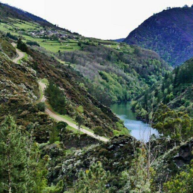 La montaña del occidente Asturiano,y sus pueblos como San Emiliano (España).