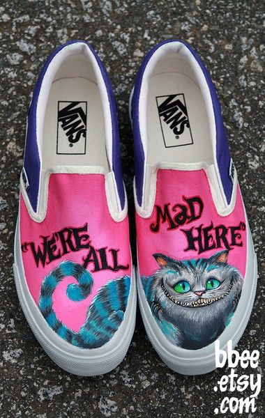 alice in wonderland shoes (mad hatter insted of Cheshire cat) johnny depp