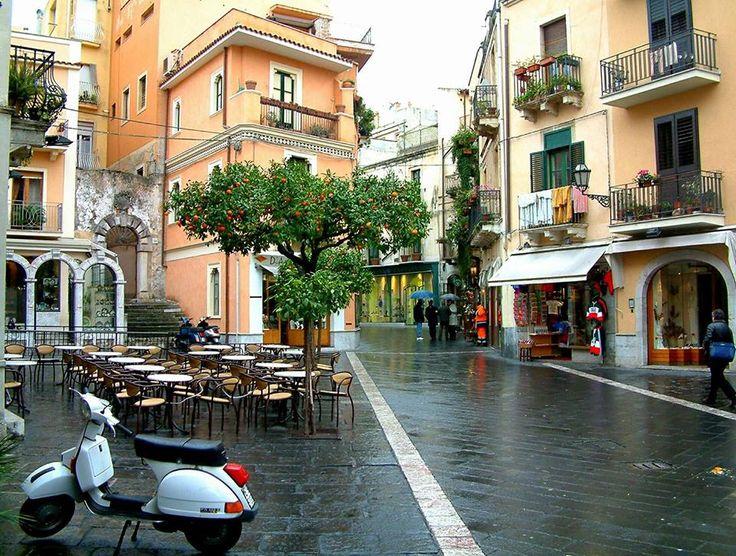 Sciilya Taormina .
