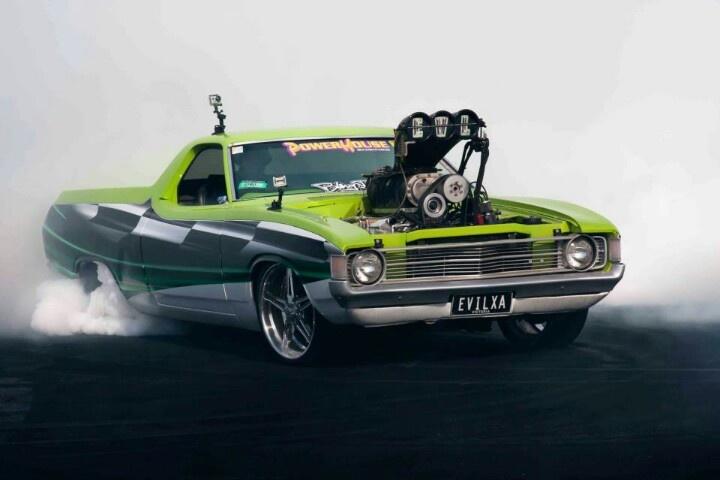 Ford Falcon XA Ute:  Summernats 2013 Burnout Champ