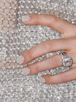 caviar bling nail art