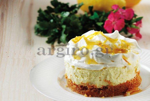 Τσιζ κέικ με λεμόνι και ανθότυρο και κρέμα γάλακτος ΝΟΥΝΟΥ