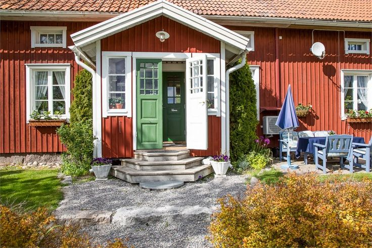 Norwegian Style Wooden House Exterior Paint