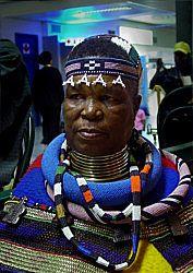 ESTHER MAHLANGU - leading Ndebele artist