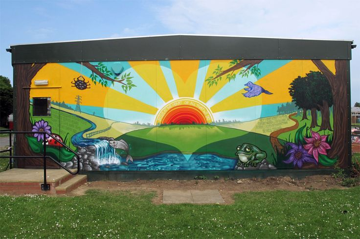 Our artists have just finished a beautiful mural at Sacred Heart Primary School in Luton. They worked with the year 6 students to design and paint the uplifting and positive artwork which is now pride of place in the School.