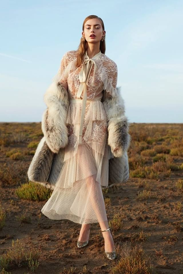ELIE SAAB Ready-to-Wear Autumn Winter 2017-18 for Harper's Bazaar Mexico shot by Vladimir Marti and styled by Daniel Gonzalez Elizondo