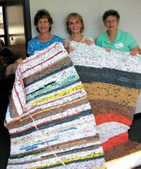 """Detroit, MI - St. Colette Parish turns plastic bags into mats for homeless. great """"green"""" idea to help the homeless ♥"""