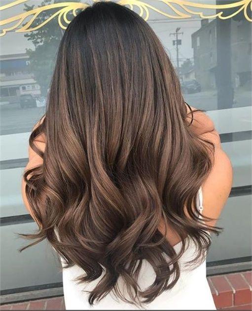 45 Brunette regarde, nous tombons pour cette saison – Couleur des cheveux – Salo…