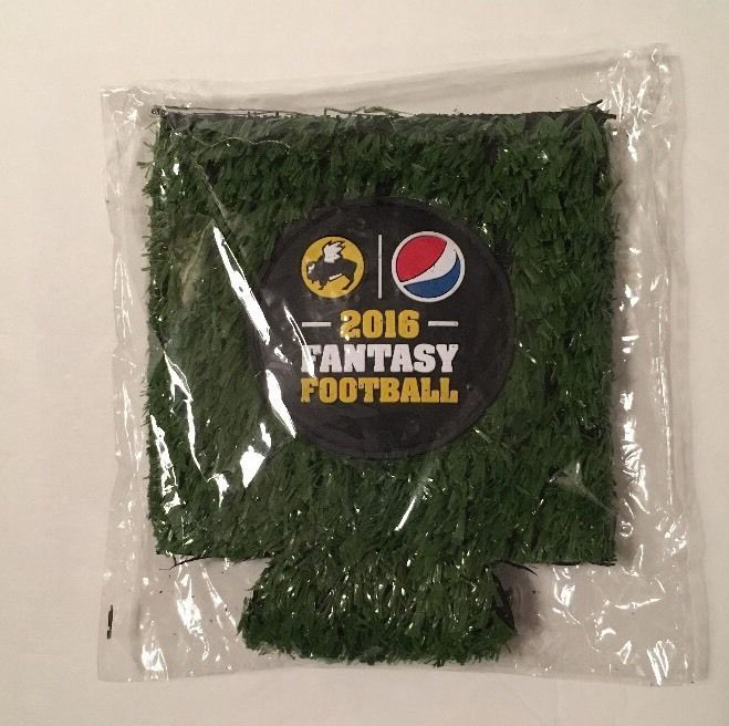 Buffalo Wild Wings 2016 Fantasy Football Field Turf Can Coozie NIP    eBay
