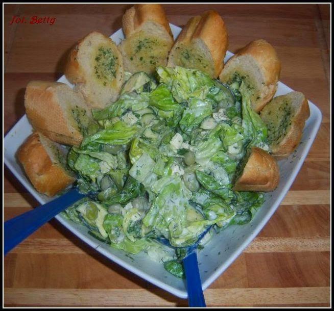 Betty gotuje: Szybka, zielona sałatka oraz sos winegret biały