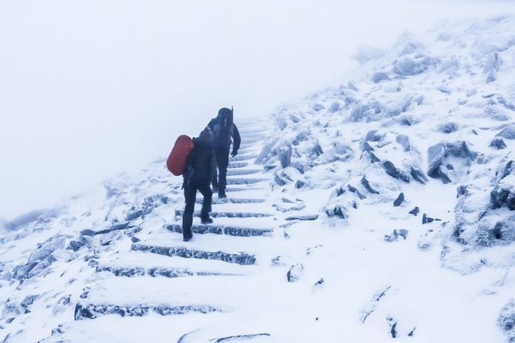 Altitude sickness can manifest as acute mountain sickness, HACE (High Altitude Cerebral Edema) or HAPE (High Altitude Pulmonary Edema). We explain the normal physiological processes, each condition and how to treat them.http://escapemedic.com/2018/01/07/acute-mountain-sickness/