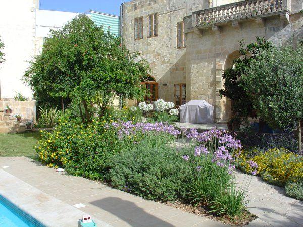 1000 ideas about mediterranean garden design on pinterest for Pool design malta