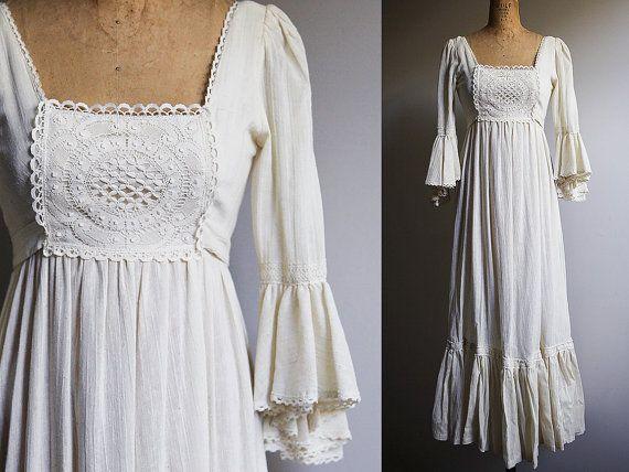 1970 s Gunne Sax Style Creme robe de mariée avec manches évasées - petit