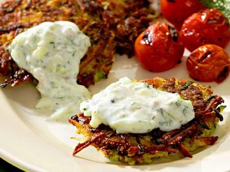 Potato and Zucchini Latkes Recipe – 5 Points +: Zucchini Recipe, Kalamata Olives, Potatoes Cakes, Summer Recipe, Zucchinipotato Latkes, Potatoes Pancakes, Pita Pockets, Zucchini Potatoes Latkes, Greek Yogurt Sauces