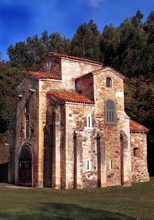 La Iglesia mozárabe de San Miguel de Liño, Oviedo, España