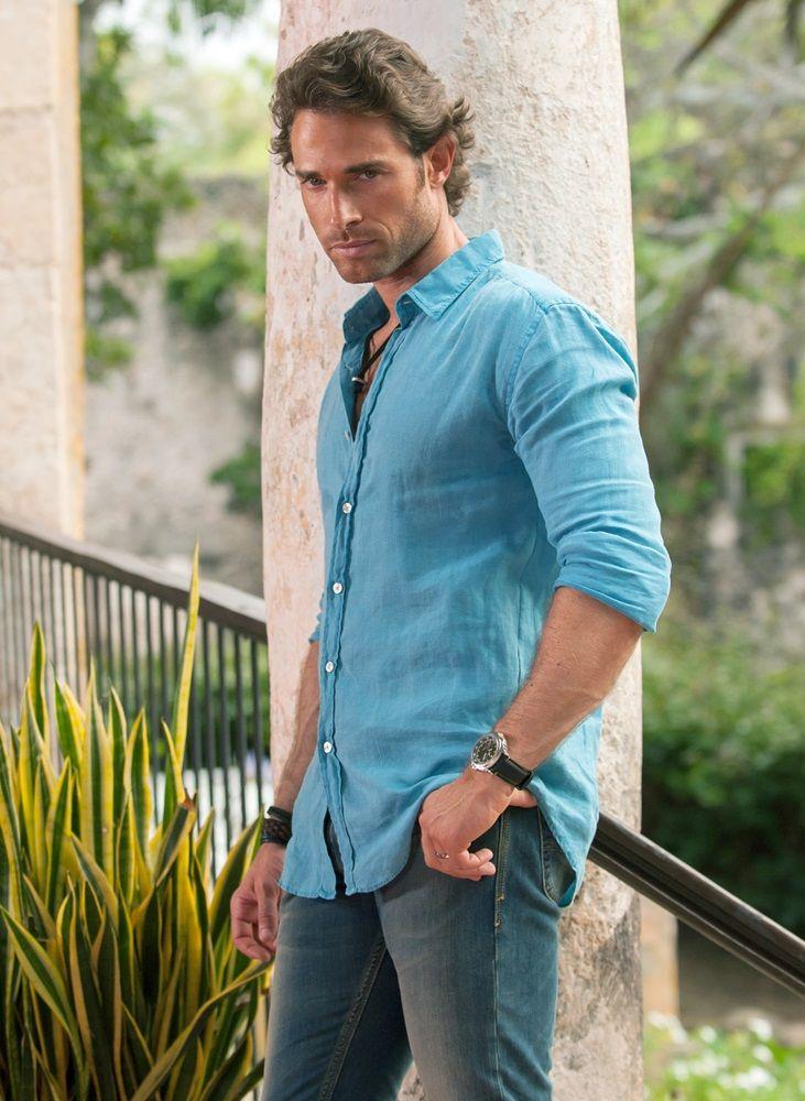Sebastián Rulli as Sebastian Duval, Pantera