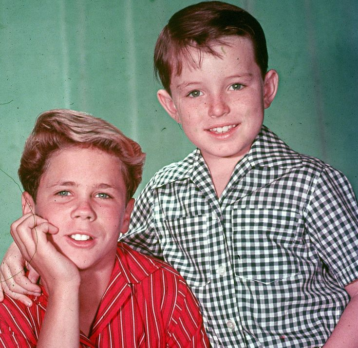 LEAVE IT TO BEAVER: My son Mason is requesting boys' clothes for Small Frocks. Presently, we are working on a shirt design and looking to the 1940s and 1950s for inspiration.