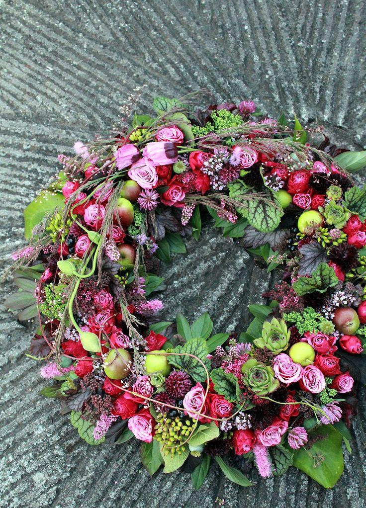 wreath by hanna bjorkland