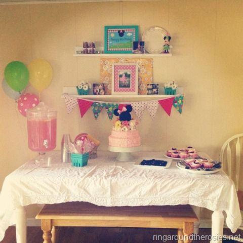 Minnie Mouse birthday: Birthday Minnie, Minnie Birthday, Mouse Birthday, Birthday Parties, Aubre Birthday, 1St Birthday, 2Nd Birthday, Mouse Picnics, Birthday Ideas