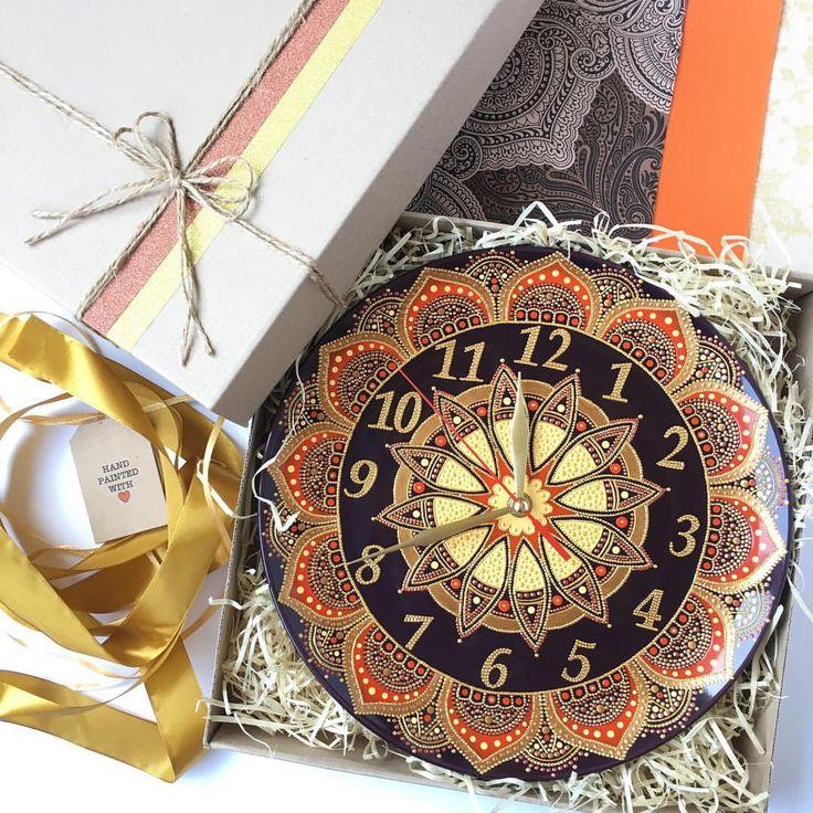 293 отметок «Нравится», 33 комментариев — Decorative Plates~Hand painted (@magic_of_dots) в Instagram: «Вчера эти настенные часики отправились в далекий Техас. Счастливого пути!  These wall clocks…»
