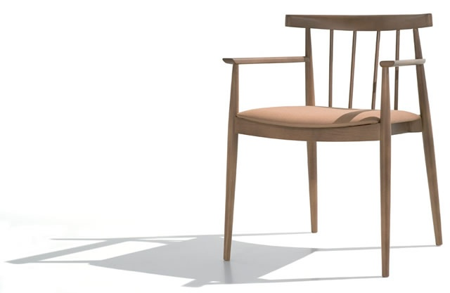 SMILE armchair by #ANDREU WORLD - available at KE-ZU.