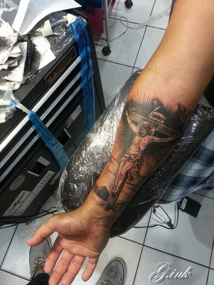 25 best ideas about jesus on cross tattoo on pinterest for Tattoos of crosses with jesus