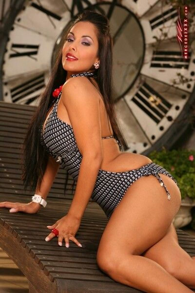 Beautiful naked women models usa latino