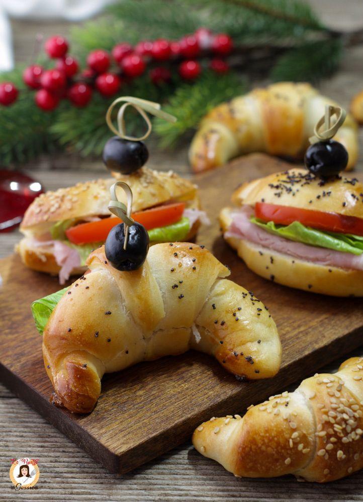 Antipasti Di Natale 2020 Bimby.Ricetta Con E Senza Bimby Dei Cornetti Salati Da Farcire Per Antipasti O Buffet Croissant Salati Di Un Impasto Soffi Ricette Idee Alimentari Ricette Di Cucina