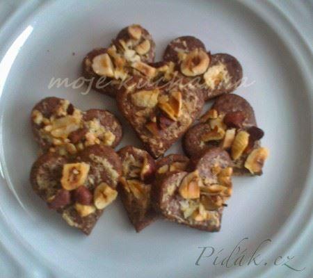 Obrázek z Recept - Čokoládová srdíčka s lískovými oříšky